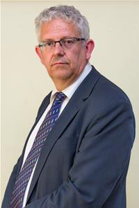 Profile image for Councillor Dr. Simon Peaple